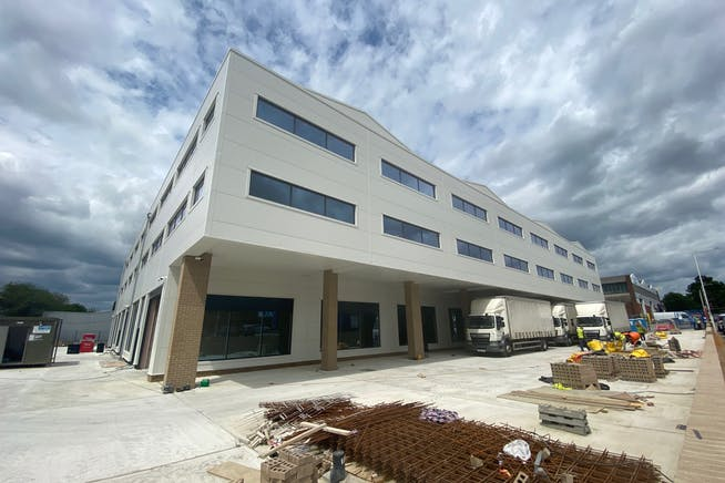 43 - 49 Fowler Road, Hainault, Office / Industrial To Let - IMG_1630.jpg