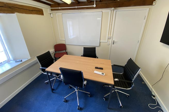 Park Farm, Kirtlington, Office To Let - MEETING ROOM.JPG