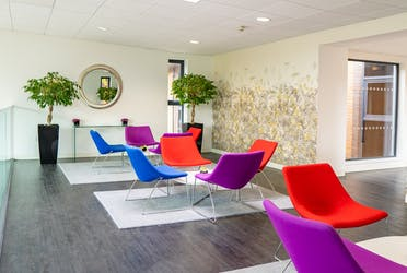 Lancaster Court, 8 Barnes Wallis Road, Fareham, Offices To Let - Lancaster Court Waiting Room 2.jpg - More details and enquiries about this property