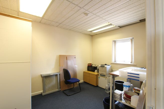 2C Priory Court, Tuscam Way, Camberley, Offices To Let - IMG_7866.JPG