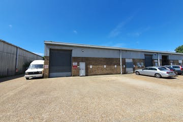 Unit 4 Ventura Place, Poole, Industrial & Trade / Industrial & Trade To Let - 20200519_122722.jpg