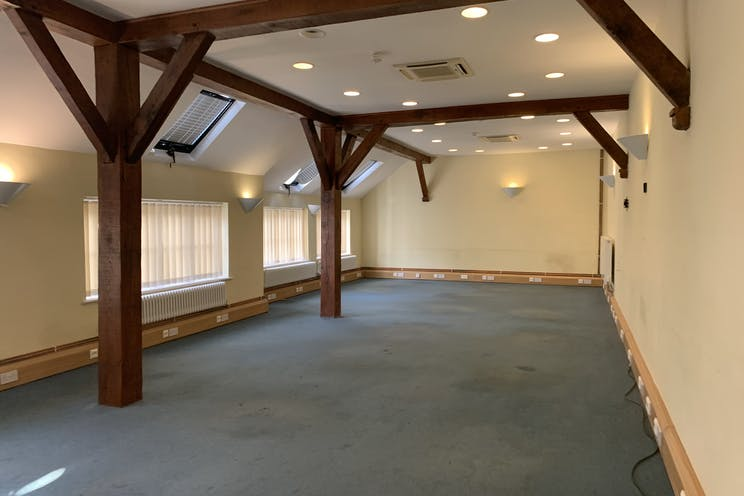 Fairfield House, 24 High Street, Bookham, Offices To Let - IMG_6723.jpg