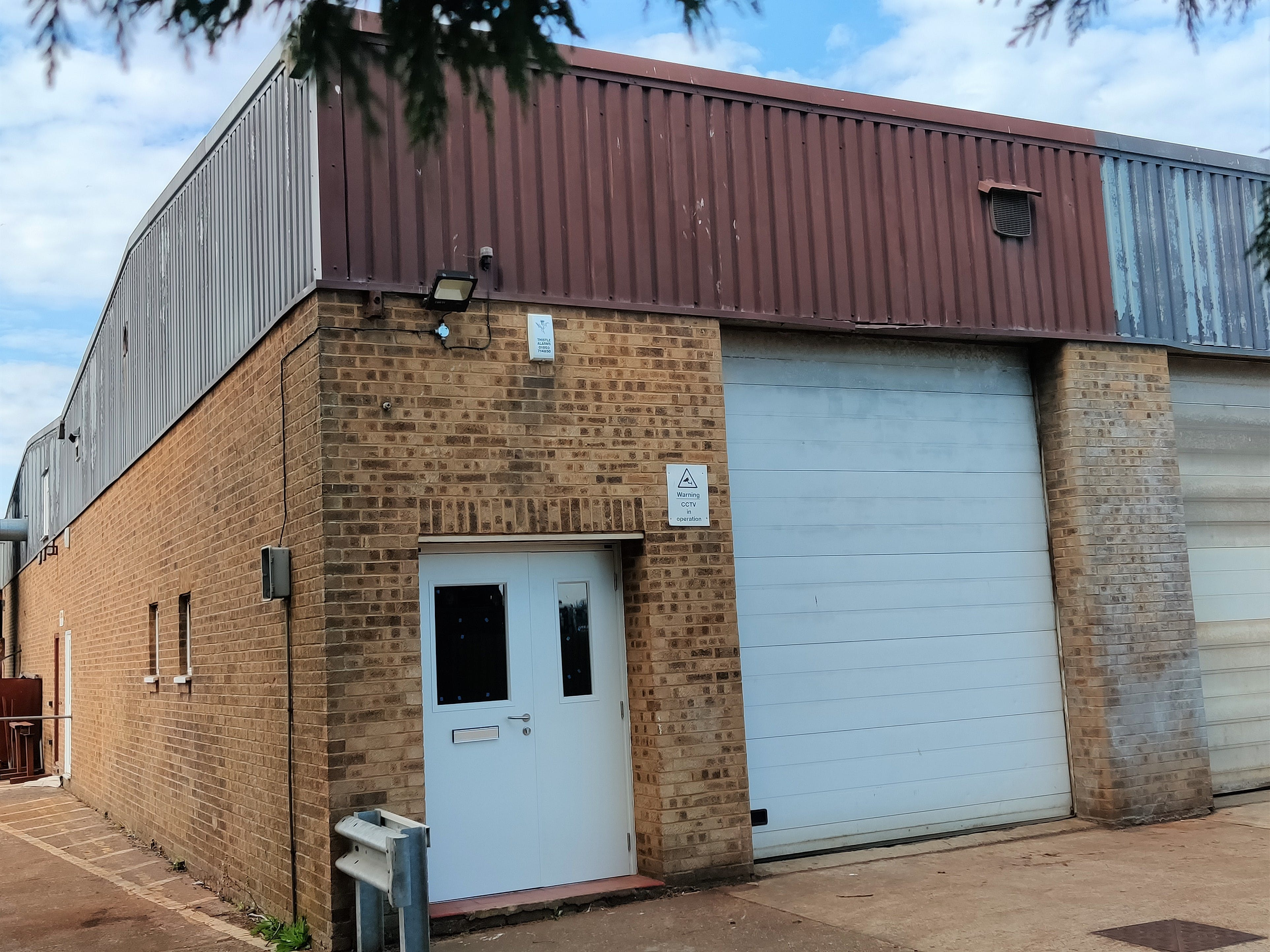 R6 Riverside Industrial Estate, Littlehampton To Let - IMG_20200928_133723.jpg