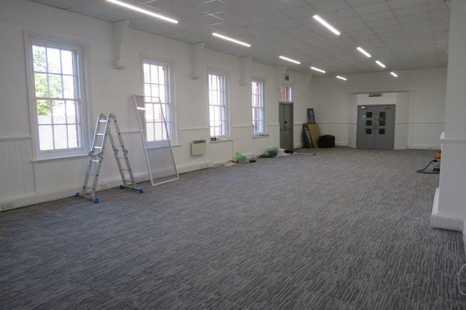 Suite 1, Studio 40, 40 Lynchford Road, Farnborough, Offices To Let - IMG_0533.JPG
