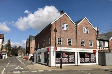 106-108 Fleet Road, Fleet, Retail / Investment Property For Sale - IMG_4824.jpg