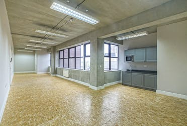 Unit 5, London, Offices To Let - Unit 11.jpg - More details and enquiries about this property