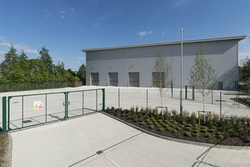 Unit 21, Suttons Business Park, Reading, Industrial To Let - IW-160519-CA-058.jpg
