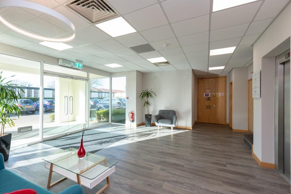 Oakwood, Grove Park, Maidenhead, Offices To Let - Reception.jpg