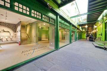 533 Kings Road, Chelsea,  Sw10, Retail To Let - 533 kings rd-0849 low.jpg