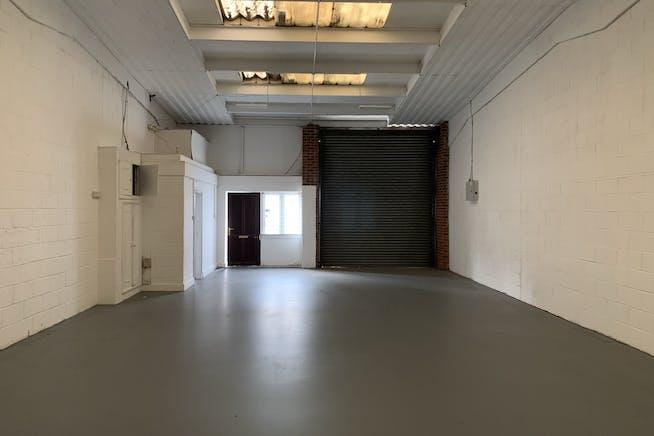 Unit 10 Swan Industrial Estate, Rosemary Road, London, Industrial To Let - IMG_3084.JPEG