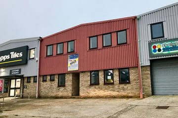 17 Trowers Way, Redhill, Warehouse & Industrial, Offices To Let - 17 Trowers Way.jpg