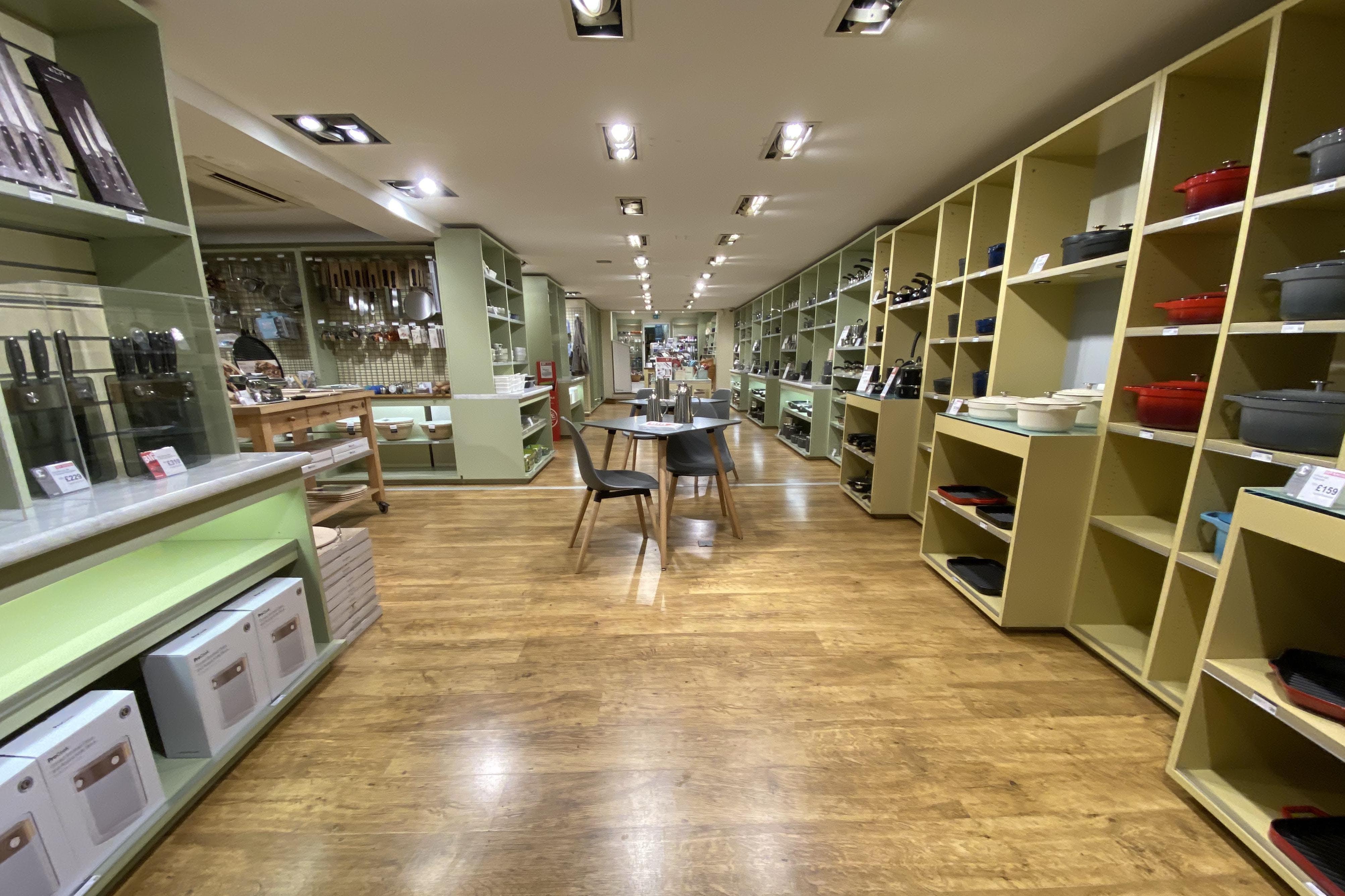 109 High Street, Thame, Retail To Let - IMG_5663.JPG