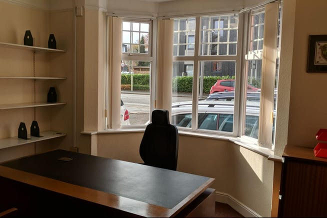 Dudley House, Kings Road, Fleet, Offices To Let - IMG-20181109-WA0012.jpg