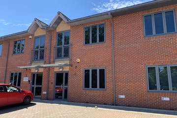 Unit 4 The Axis Centre, Leatherhead, Offices To Let - IMG_0295.jpg