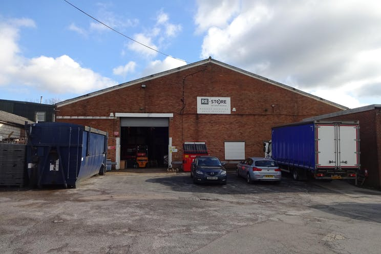 Unit A, 26 Bonehurst Road, Salfords, Warehouse & Industrial To Let - DSC02530.JPG
