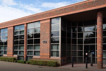 Unit 650, Winnersh Triangle, Reading, Warehouse & Industrial To Let - 650 2.JPG