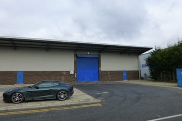 Unit A, Hamilton Close, Basingstoke, Warehouse & Industrial To Let - P1020461.JPG