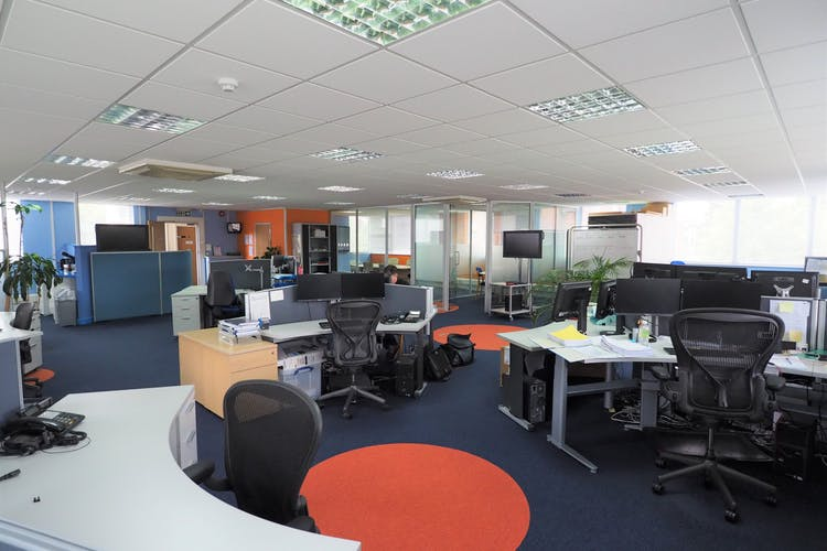 1st Floor, Westpoint, Horsham, Office To Let - P5270007.JPG