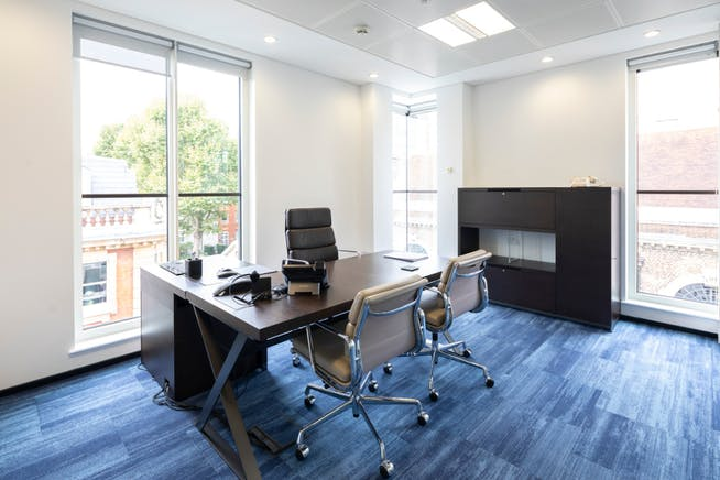 17 Duke Of York Street, St James's, London, Office To Let - Exec office.PNG