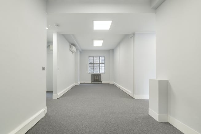6A Reeves Mews, Mayfair, London, Office To Let - IW-020419-MH-020.jpg