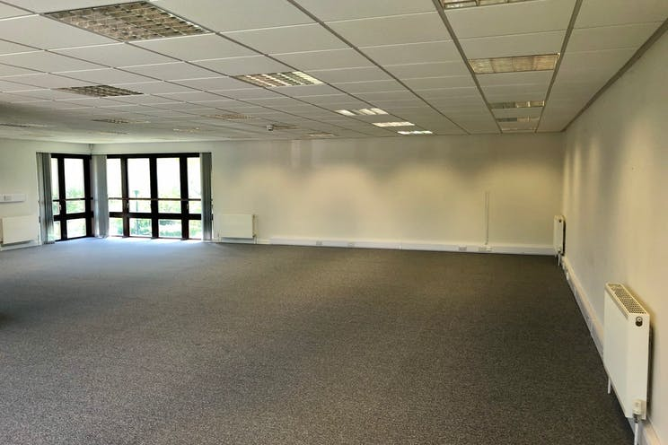6b The Briars, Waterlooville, Office To Let - b.jpg