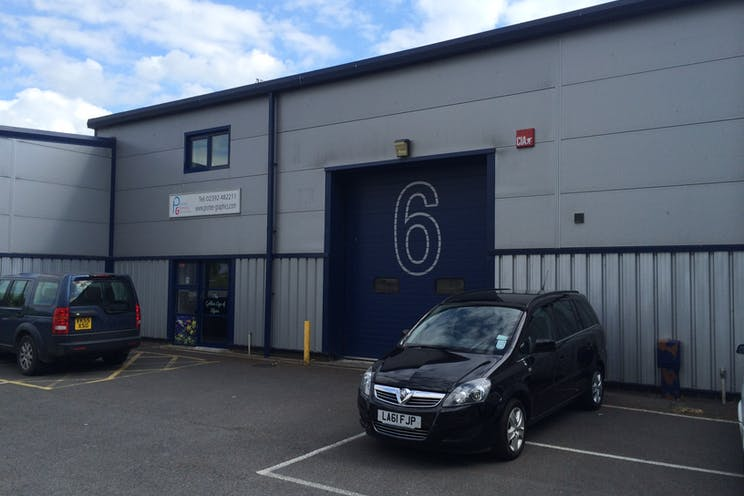 Unit 6 Larchwood Business Centre, Havant, Industrial To Let - photo 4.JPG
