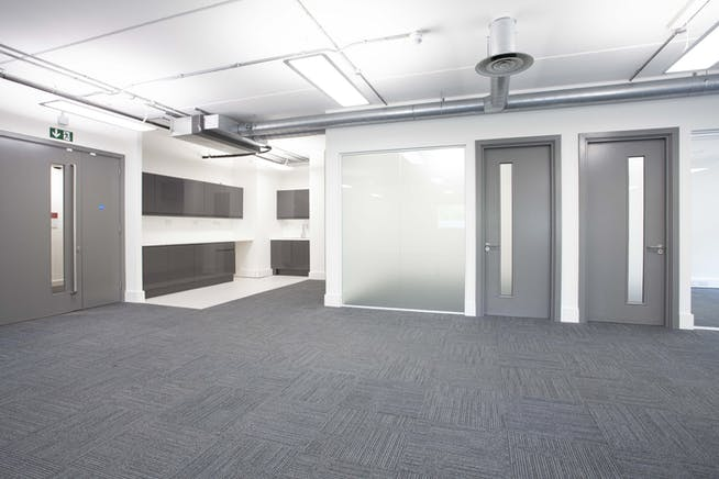 Suite G4, 329 Bracknell, Bracknell, Offices To Let - 329 G4 internals_0427.jpg