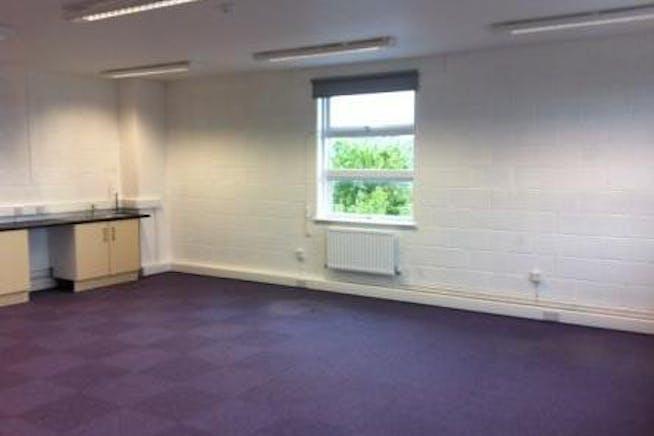 Castleham Business Centre East, Unit 22, St Leonards On Sea, Office / Industrial To Let - 30 internal small.JPG