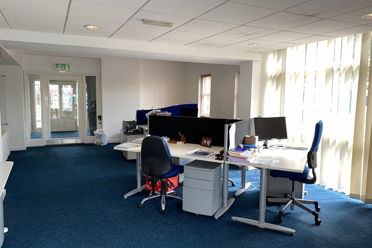 Victory Gate Lodge, The Hard, Portsmouth, Office / Retail / Leisure To Let - GXb6HLVg.jpeg