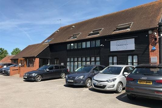 Sanderum Centre, 30A Upper High Street, Thame, Office To Let - OFFICE SUIT 1.jpeg