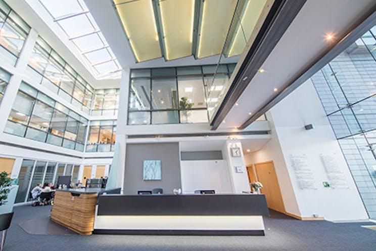 Venture House, Arlington Square, Bracknell, Offices To Let - bracknell venture regus1.jpg