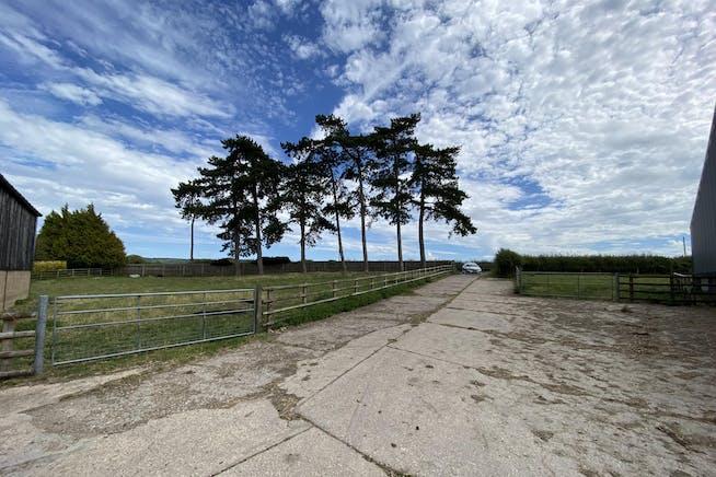 Straw Barn Manor Farm, Aston Rowant, Industrial To Let - IMG_8781.JPG