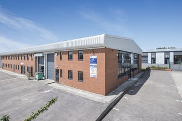 14 Meadow View, Long Crendon, Office / Industrial To Let - F-2.jpg