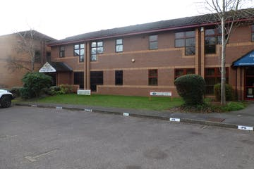 Ground Floor, 4 Progress Business Centre, Slough, Offices To Let - P1080717.JPG