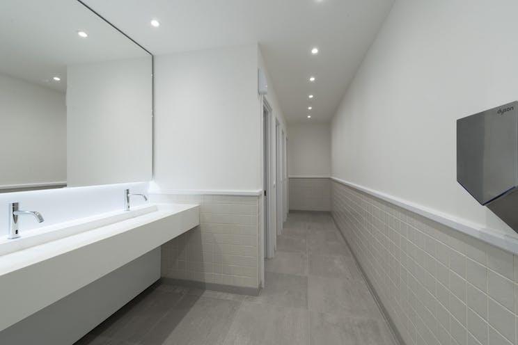 Part Ground Floor, Cedar Court, Leatherhead, Offices To Let - IW-250118-GKA-054.jpg