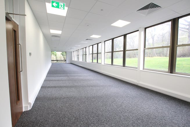 North Block, Bentley Hall, Alton, Offices To Let - IMG_0916.JPG