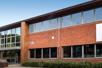200 Cedarwood, Chineham Park, Basingstoke, Offices To Let - 100 Cedarwood external photo.PNG