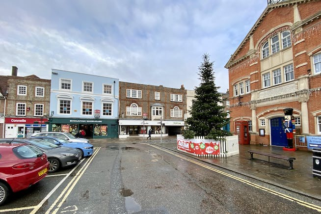105 High Street, Thame, Retail To Let - IMG_1190.JPG
