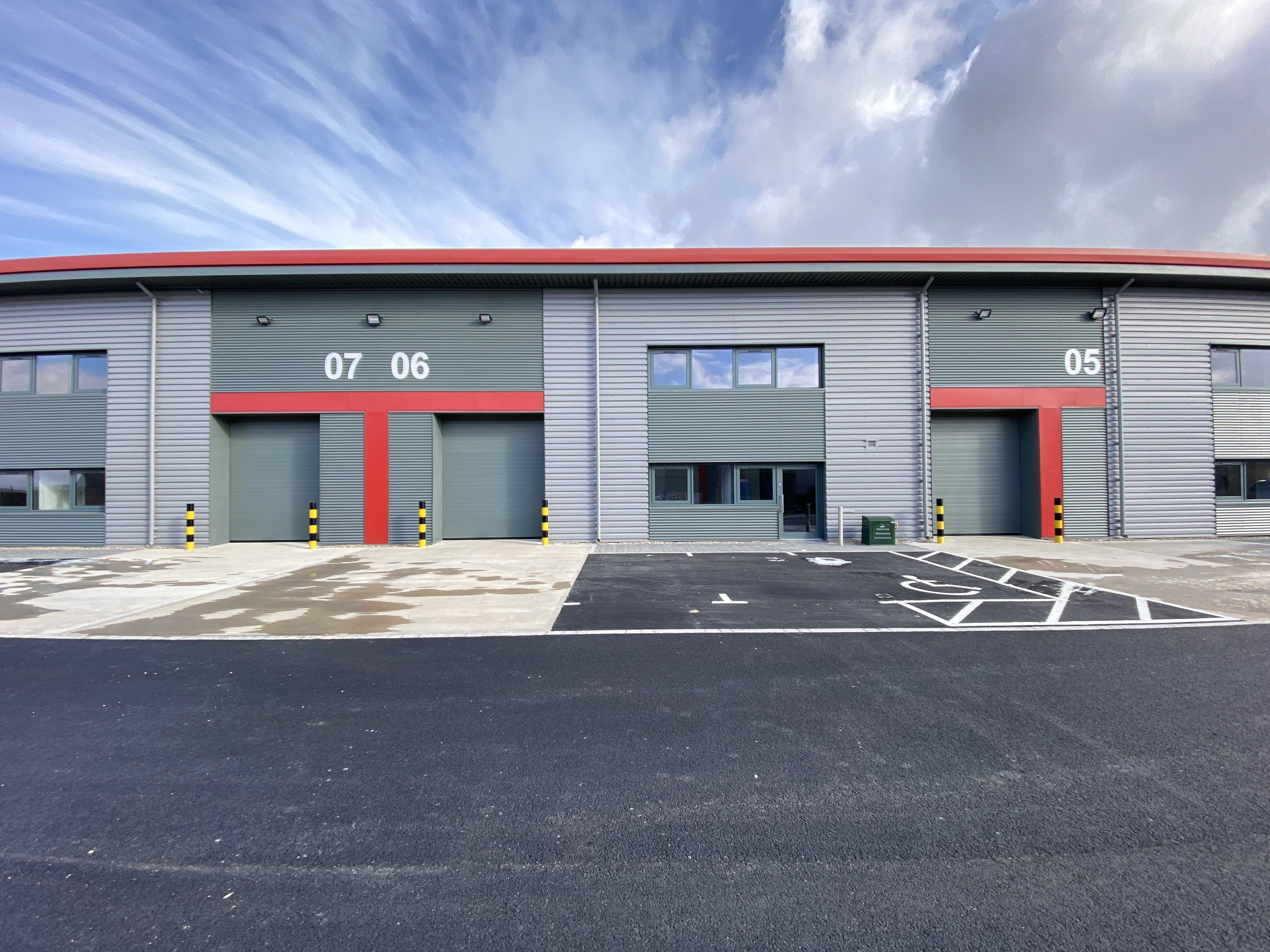 Unit 6, Tavis House Business Centre, Haddenham, Industrial To Let - UNIT 6.JPG