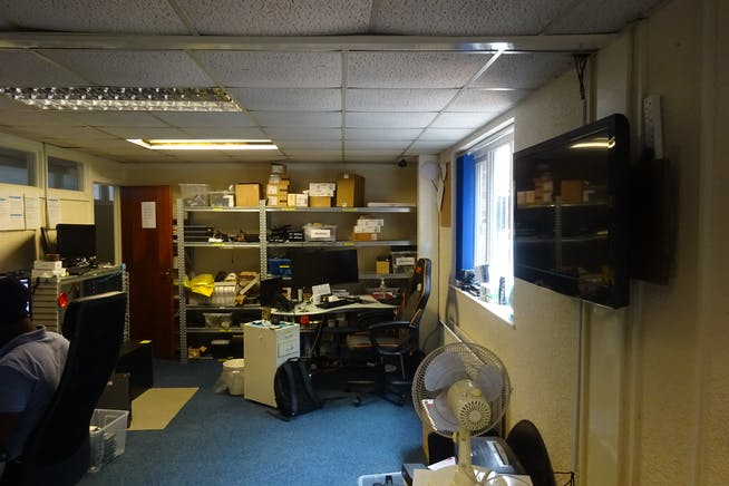 Silverstamp House, Club Mill Road, Sheffield, Warehouse & Industrial / Offices To Let - DSC02840.JPG