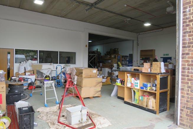 25 Invincible Road, Farnborough, Warehouse & Industrial For Sale - IMG_0329.JPG