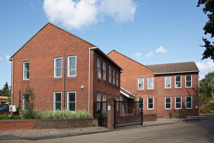 Towergate House, Cumberland Works, Wintersells Road, Byfleet, Offices To Let / For Sale - 3D3A2572.jpg