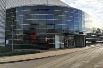 126 Fairlie Road, Slough, Offices To Let - Fairlie Road, Slough SL1