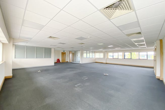 Unit 7, 8 & 9, Theale Lakes, Reading, Offices To Let - IMG_8354.jpg