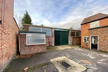 55 Queens Road, Thame, Industrial To Let - IMG_1742.JPG