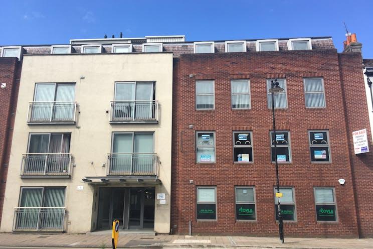 3rd Floor, 118-128 London Street, Reading, Office To Let / For Sale - IMG_8116.JPG
