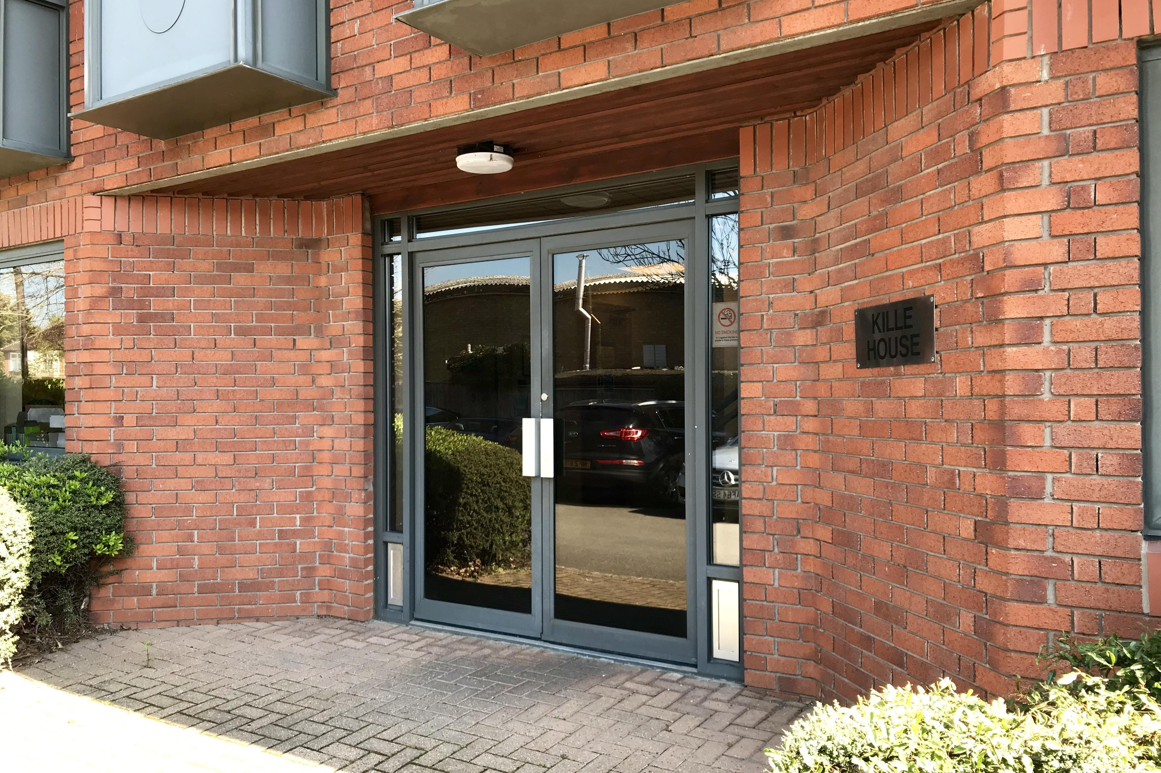 Kille House, Chinnor Road, Thame, Office / Investment For Sale - IMG_0927.jpg