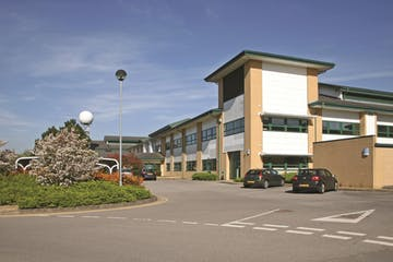 Building A8 (Suites 1004B-1071), Cody Technology Park, Farnborough, Offices To Let - A8internal3.jpg