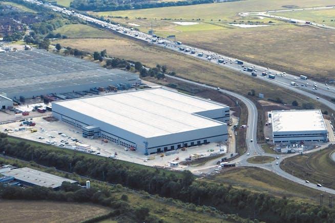 Panattoni Park, Luton, Distribution Warehouse To Let - DJI_0081 Crop.jpg