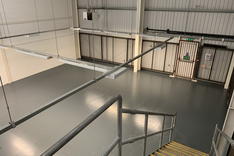 Unit 8, Partnership Park, Southsea, Industrial To Let - Cao3nni.jpg